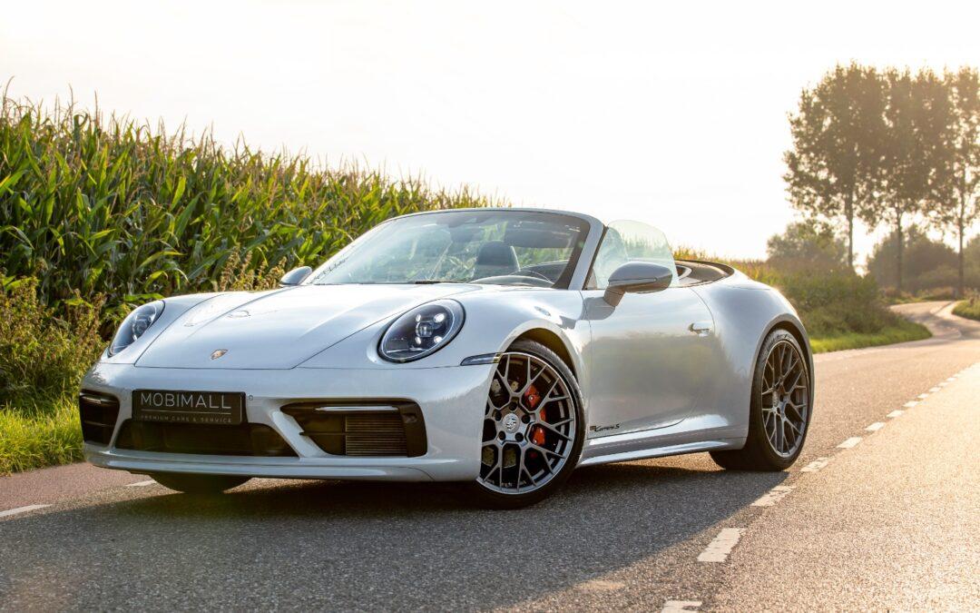 De Porsche 911 houdt vast aan zijn oorsprong.